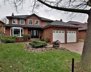 Ravine Lot Private 4 Bedroom House with Backyard Oasis