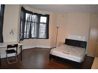 DOUBLE/TWIN ROOM -- ONLY 110 �� EACH -- KILBURN HIGH ROAD -- LOW DEPOSIT & NO FEES