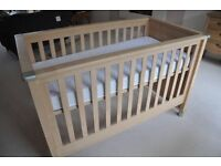 Fab condition Mama's & Papa's Modensa Cot Bed