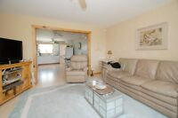 Live country life on the edge of town Wasaga Beach INCLUSIVE!