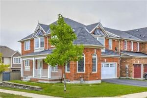 Spectacular Detached Home For Lease In Newmarket