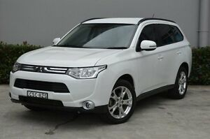 2013 Mitsubishi Outlander ZJ MY13 LS 4WD White 6 Speed Sports Automatic Wagon South Maitland Maitland Area Preview