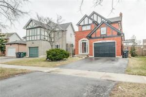 Detached Freehold 3+1 Bdrm Home W/ Fin Bsmnt In Meadowvale