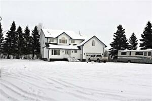 REDUCED! Privacy & Location:Picturesque 3054sqft 2-storey-3.48ac