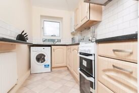 Fantastic 4 bedroom refurbished HMO flat with Wi-Fi in West Pilton available NOW!