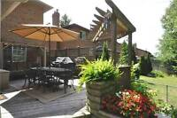 STUNNING DETACHED 2 STORY HOME IN AURORA!!!!!!