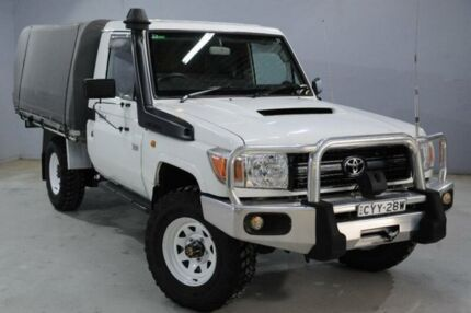 2011 Toyota Landcruiser VDJ79R 09 Upgrade Workmate (4x4) White 5 Speed Manual Cab Chassis Cessnock Cessnock Area Preview