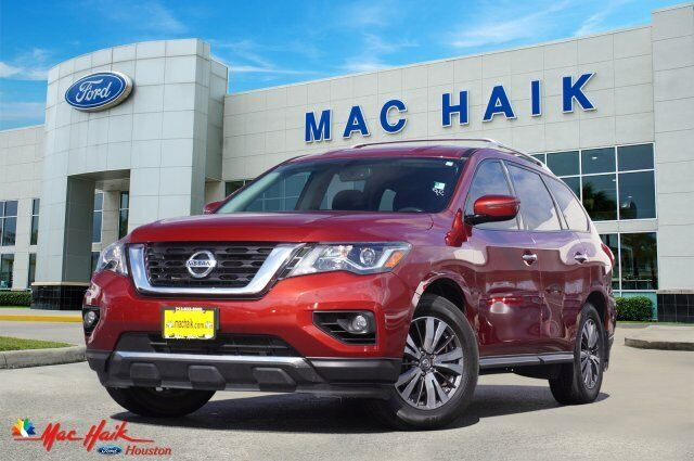 2017 Nissan Pathfinder Sv 27307 Miles Cayenne Red Metallic Sport Utility Regular