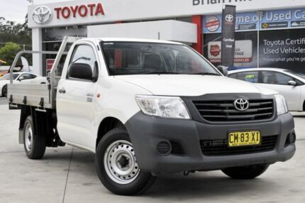 2015 Toyota Hilux TGN121R Workmate White 5 Speed Manual Cab Chassis