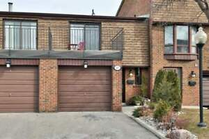Fully Reno'd 3Bdr 3 Wshr Townhouse In Mississauga Valleys