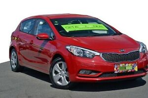 2015 Kia Cerato YD MY15 S Red 6 Speed Sports Automatic Hatchback Coolangatta Gold Coast South Preview