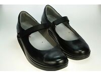 Ladies Black MBT Shoes size 5 ½
