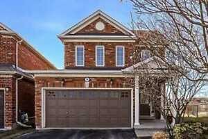 VERY NICE HOUSE AT RICHMOND HILL FOR SALE