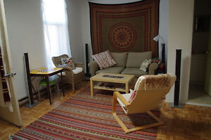 MAGNIFICENT FULLY FURNISHED ROOM IN 6 1/2 IN PlATEAU $500