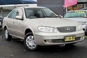 2005 Nissan Pulsar N16 MY2004 ST Gold 4 Speed Automatic Sedan North Gosford Gosford Area Preview