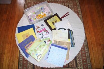 Bulk lot 5 scrapbooking albums,kits,storage satchel, lots more Witta Maroochydore Area Preview