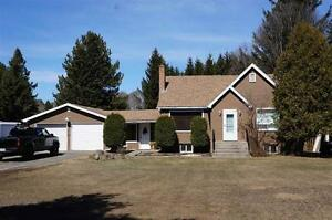 1487 Arthur St. W ~ $329,900 **OPEN HOUSE SAT APRIL 29 1-2:30**