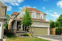 ===== Central Pickering -  Executive Home =====
