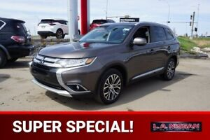 2016 Mitsubishi Outlander GT ALL WHEEL DRIVE Accident Free,  Nav