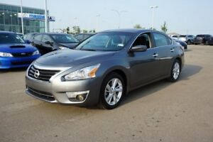 2015 Nissan Altima SV SUNROOF Accident Free,  Heated Seats,  Sun