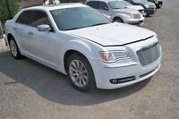 2013 Chrysler 300-Series white Sedan