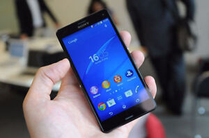 Sony Xperia Z3 Compact---Mint Condition---Bell/Virgin