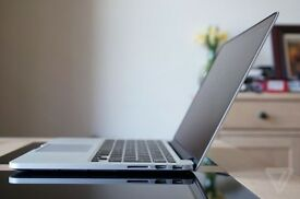 "Apple MacBook Pro 13"" Early 2015 Mint Condition 1 Year Warranty"