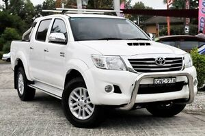 2013 Toyota Hilux KUN26R MY14 SR5 (4x4) White 5 Speed Automatic Dual Cab Pick-up Gosford Gosford Area Preview