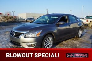 2015 Nissan Altima SPORT Back-up Cam,  Bluetooth,  A/C,
