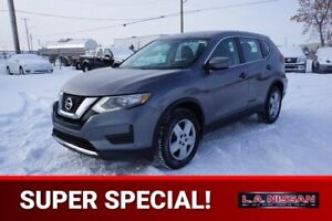 2017 Nissan Rogue ALL WHEEL DRIVE Accident Free,  Heated Seats,