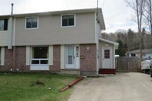 6B Washington Cres in Elliot Lake