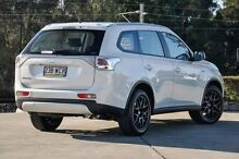 2014 Mitsubishi Outlander ZJ MY14.5 ES 4WD White 6 Speed Constant Variable Wagon Helensvale Gold Coast North Preview