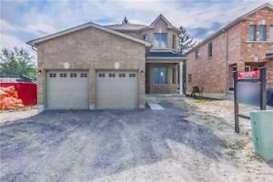52 Claxton Cres (Lindsay) 4+1 Bedrooms For Sale!