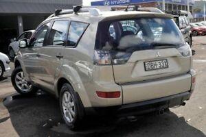 2007 Mitsubishi Outlander ZG MY08 LS Gold 5 Speed Manual Wagon