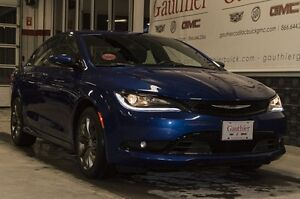 2015 Chrysler 200 S, Heated Seats, Bluetooth