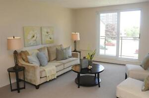 Family Friendly! Comfort+Convenience+Park Setting! London Ontario image 1