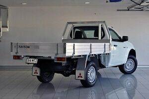 2010 Mitsubishi Triton MN MY10 GL White 5 Speed Manual Cab Chassis Southport Gold Coast City Preview