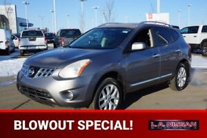 2012 Nissan Rogue SL ALL WHEEL DRIVE Navigation (GPS),  Leather,