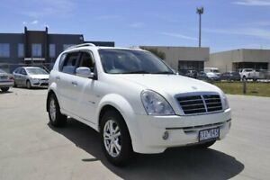 2010 Ssangyong Rexton II Y200 MY10 Upgrade RX270 XDI (7 Seat) White 5 Speed Automatic Wagon