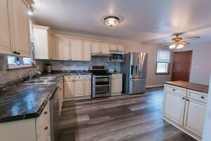 STUNNING NEWLY RENOVATED 3 BEDROOM MAIN FLOOR HOUSE FOR RENT