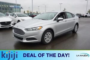 2014 Ford Fusion SE Accident Free,  Bluetooth,