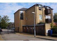 Two double bedroom flat-two bathrooms, New Barnet, EN5 - £325.00 per week