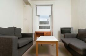 STUDENTS 17/18: Fantastic 3 bedroom HMO property in Tollcross available August - NO FEES!