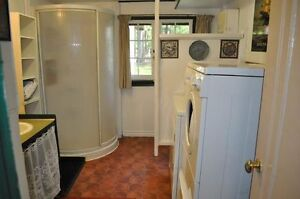 8 BEDROOM COTTAGE 2 HOURS FROM TO, APPROX 280' FRONTAGE Peterborough Peterborough Area image 4