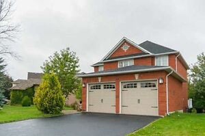 Wonderful 2-Storey Home In Prime Location At Woodhaven Cres