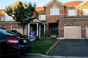 Check Out This  Well Maintained 3 BR House In Churchill Meadows