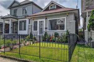 **RENOVATED-4Bdrm/2 washroom-Entire Home/2 parkng/Huge backyard*