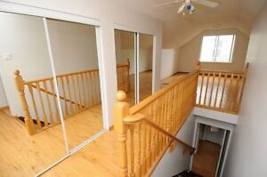 REDUCED Whyte Avenue & UofA 3 bdrm Main Level