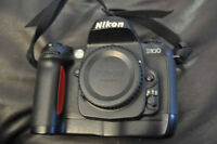 Nikon D100 for sale BODY ONLY