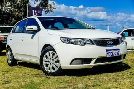 2012 Kia Cerato TD MY12 S White 6 Speed Manual Hatchback Wangara Wanneroo Area Preview